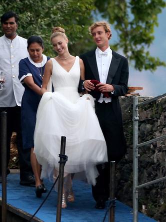 Фото №2 - Прекрасная Беатриче: какой была свадьба самой стильной принцессы Европы