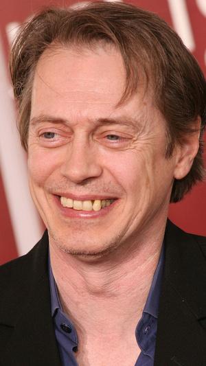 Фото №2 - Не надо стесняться: звезды с неидеальными зубами