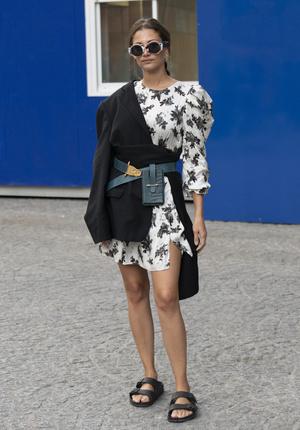Фото №6 - Биркенштоки в городе: с чем носить самые удобные сандалии
