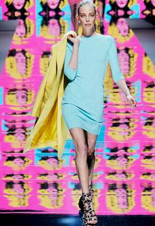 Фото №20 - Неделя Моды в Милане радует цветом