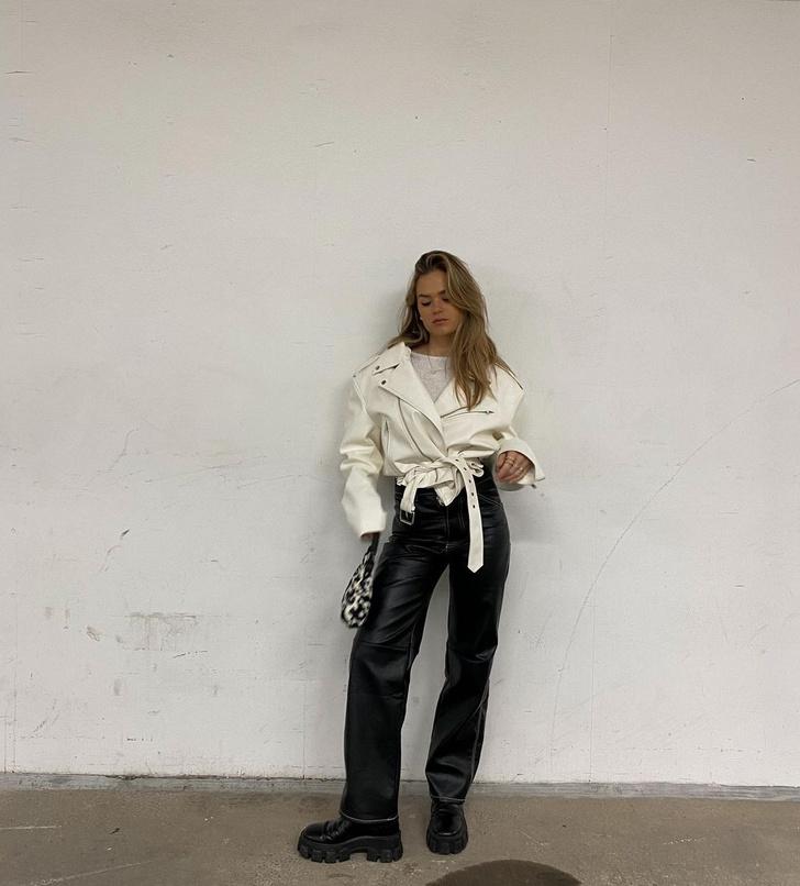 Фото №1 - Как создать очень модный образ с кожаными брюками? Показывает инфлюенсер Ханна Шонберг