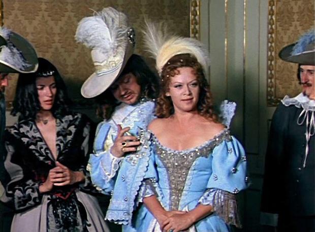 Фото №5 - «Марианна», «Катрин» и другие любовные эпопеи, которые женщины читали запоем