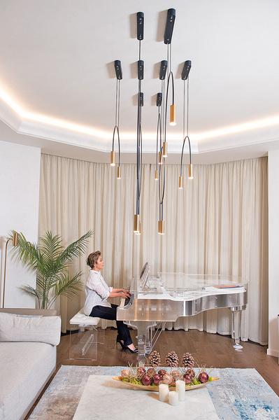 Фото №7 - Пол на потолке и прозрачный рояль: необычный дом Аниты Цой