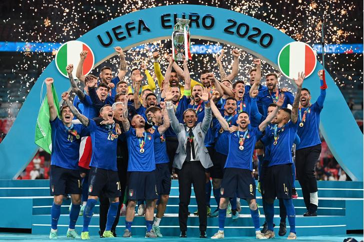 Фото №1 - Forza azzurri!