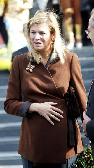 Фото №49 - Стильное положение: как одеваются беременные королевы, принцессы и герцогини
