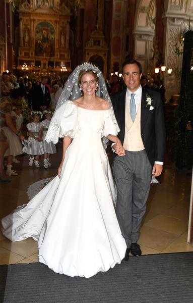 Фото №5 - Платье от Valentino и диадема с позапрошлого века: принцесса Лихтенштейна вышла замуж