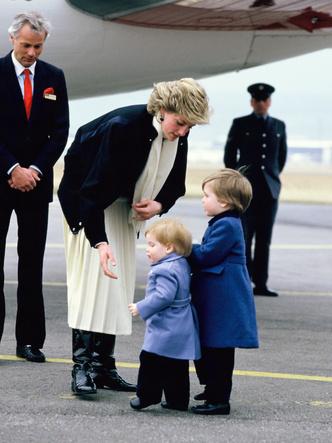Фото №3 - Как Диана «влияет» на воспитание Джорджа, Шарлотты и Луи Кембриджских