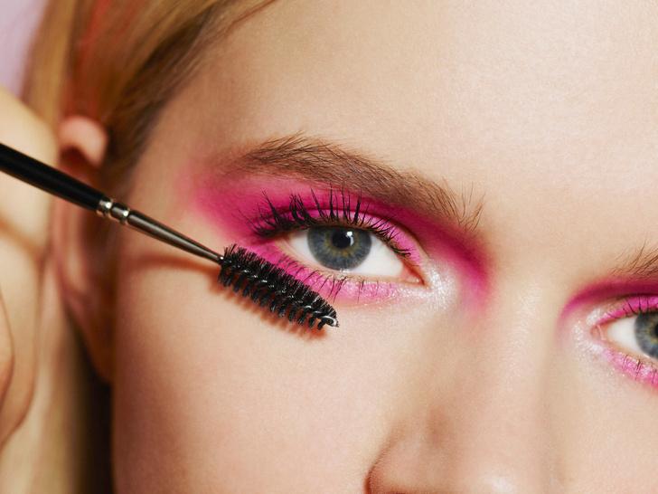 Фото №3 - Как сделать яркий, но не вульгарный макияж: 6 главных правил