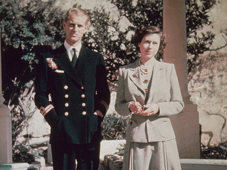 Фото №1 - Начало большой истории: как выглядел первый общий дом Королевы и принца Филиппа