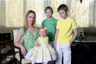 Фото №2 - Надежда Юшкина, Даниил, Никита и Василиса: Мамины победы