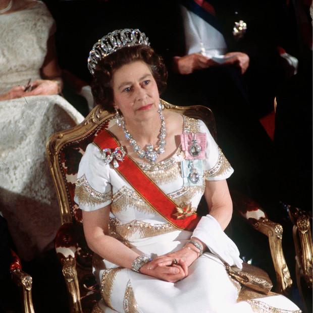 Фото №15 - Королевский бутерброд, и что еще стоит знать о Елизавете II