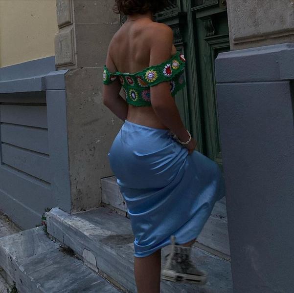 Фото №2 - Где купить стильную атласную юбку как у Марьяны Ро
