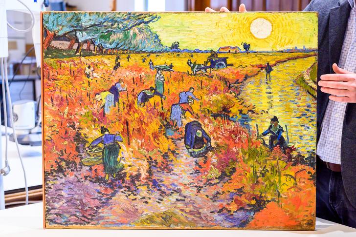 Фото №3 - Картину Ван Гога отреставрируют при поддержке LG SIGNATURE
