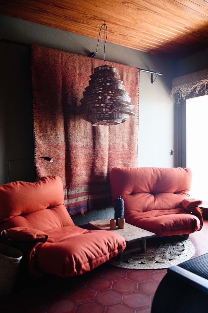 Фото №5 - Романтичный бутик-отель Los Enamorados на Ибице