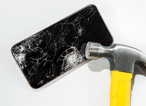 Фото №1 - Айфон-мастер: решаем 13 проблем, с которыми сталкивается каждый владелец смартфона Apple
