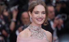 Водянова в полупрозрачном платье стала главной красавицей Канн