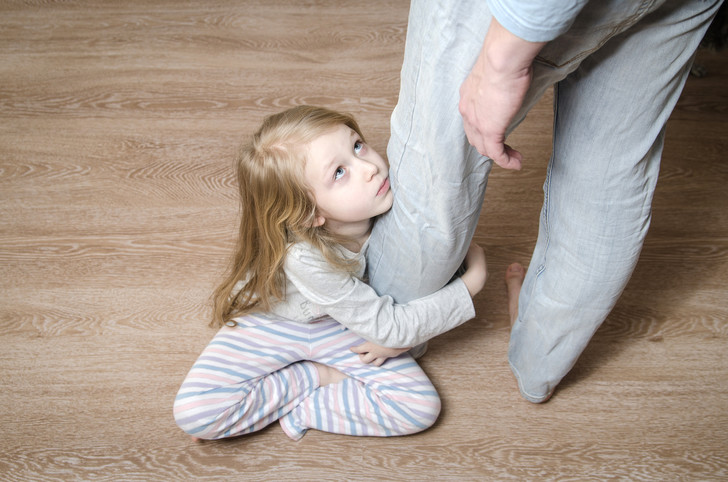 папа и дочь, ребенок и отчим, отчим и дочь, новый муж не любит ребенка, проблемы в семье, отношения