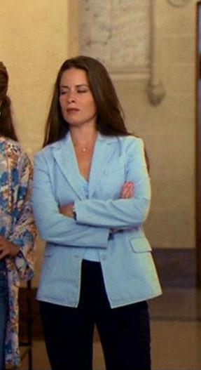 Фото №1 - Как повторить: самые модные луки в стиле сестер из «Зачарованных»