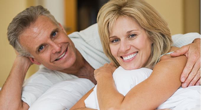Тело и возраст: комплексы препятствуют новым отношениям?