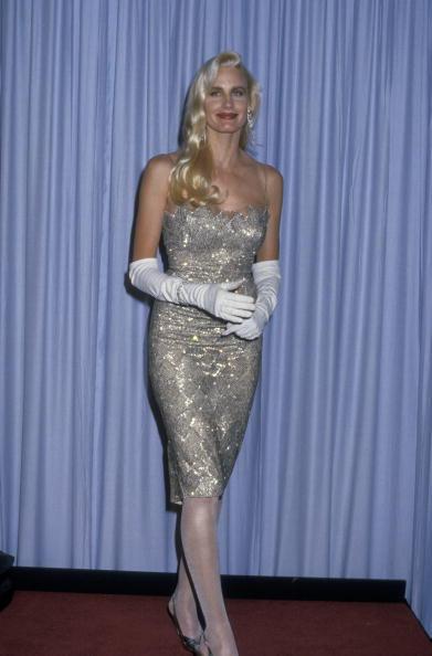Фото №6 - Лучшие платья «Оскара». 1980-е
