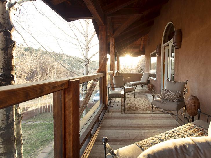 Фото №10 - Дизайнерское ранчо в Нью-Мексико для сдачи в аренду