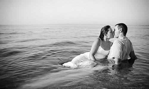 Сексуальный роман на море