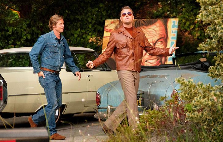 Фото №1 - Тарантино выпустит роман по «Однажды… в Голливуде».Уже вышел трейлер с кадрами, не вошедшими в фильм