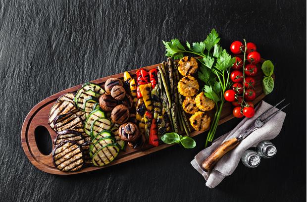 Фото №1 - Как приготовить овощи на гриле: 2 полезных рецепта