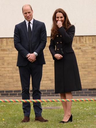 Фото №5 - Возвращение к жизни: первый (и очень королевский) выход герцогини Кейт после траура