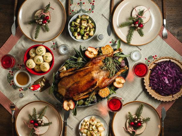Фото №2 - Новый год дома: что делать, если не хочется долго стоять у плиты перед праздниками?