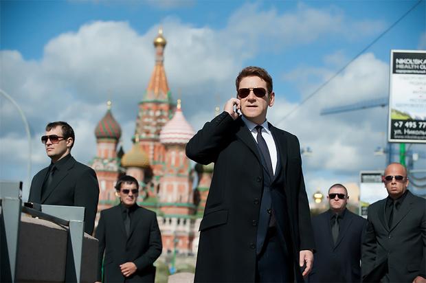 Фото №5 - 12 самых бредовых фильмов про Россию. В порядке нарастания градуса клюквы