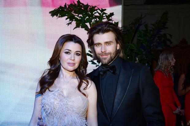 Анастасия Заворотнюк и Петр Чернышев фото