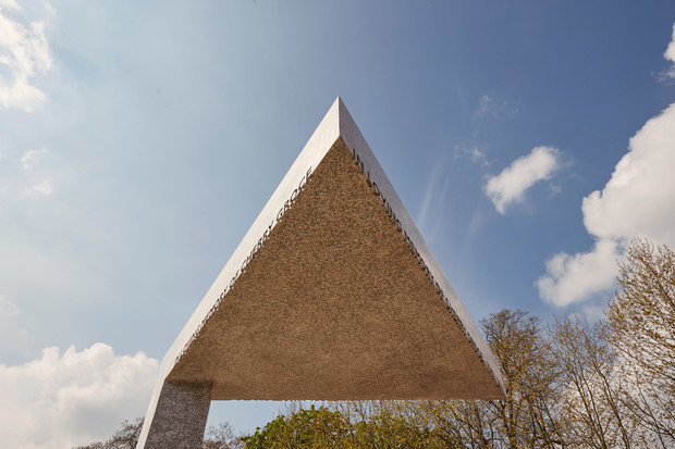 Фото №3 - Мемориал Черри Гроус в Брикстоне по проекту Дэвида Аджайе