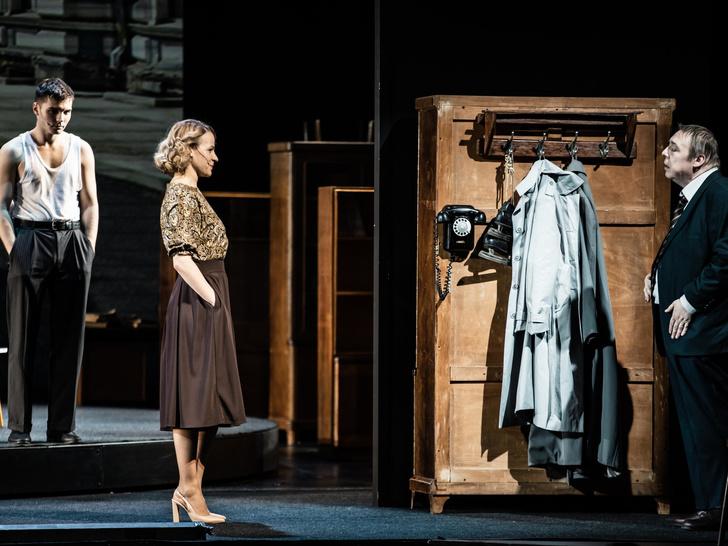 Фото №3 - 4 причины сходить на спектакль «Дядя Лева» в театре на Бронной