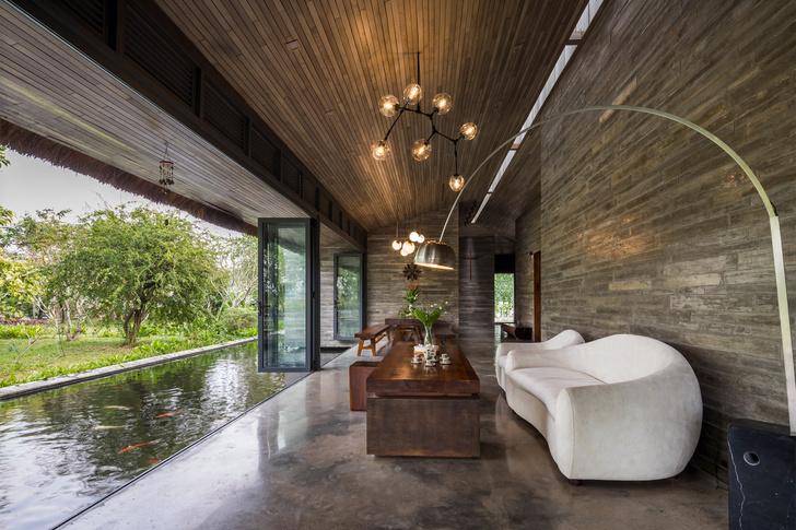 Фото №6 - Дом с соломенной крышей и прудом во Вьетнаме