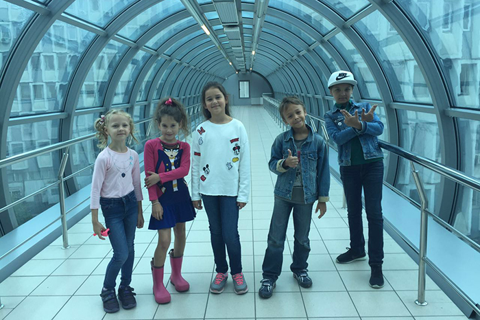 Фото №1 - «Непоседы» заговорили в московском метро