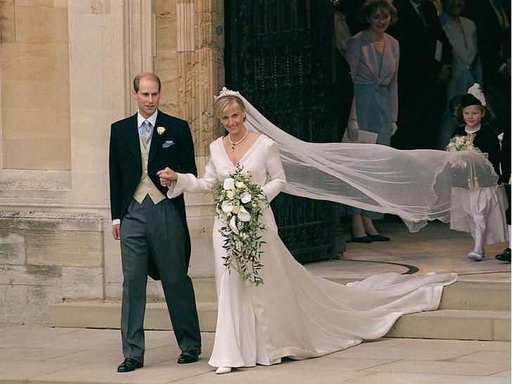 Фото №2 - Софи-невеста: в чем выходила замуж любимая невестка Королевы
