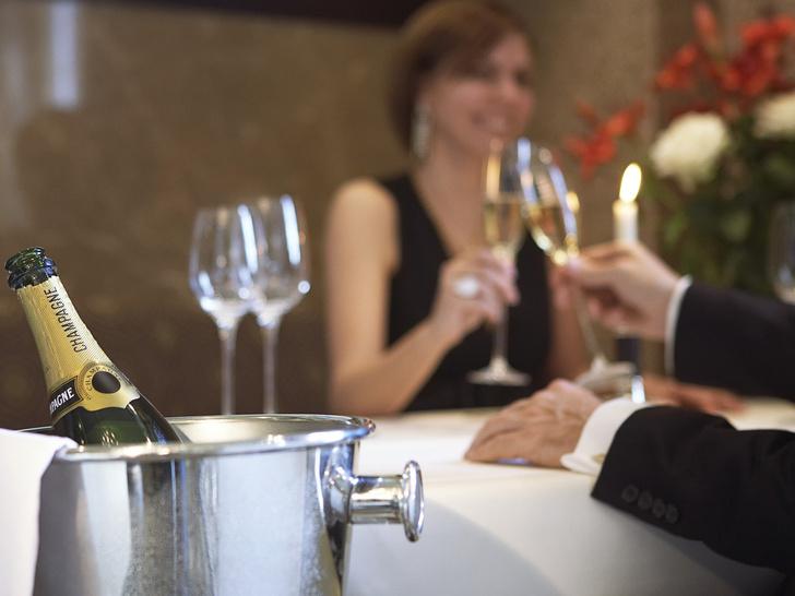 Фото №2 - Брак по расчету: зачем это нужно мужчинам?