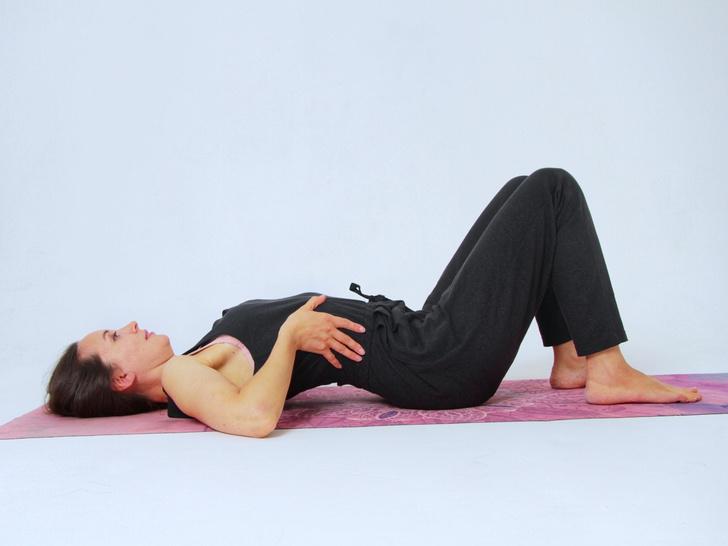 Фото №6 - 4 способа наладить гормональный баланс с помощью йоги