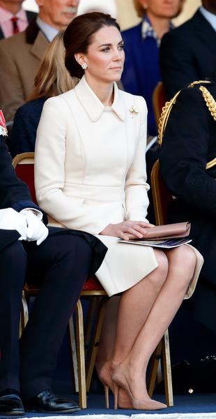 Фото №2 - Как стать принцессой: 5 нерушимых правил Кейт Миддлтон