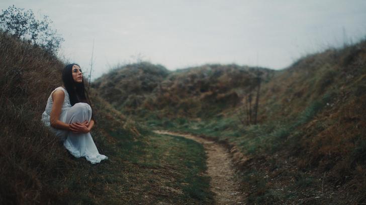 Фото №2 - Психологическое насилие: 11 признаков, что тобой нагло манипулируют