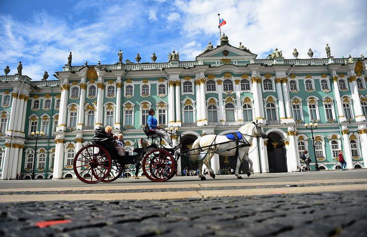Фото №2 - Куда поехать на ноябрьские выходные: список ограничений популярных туристических регионов России
