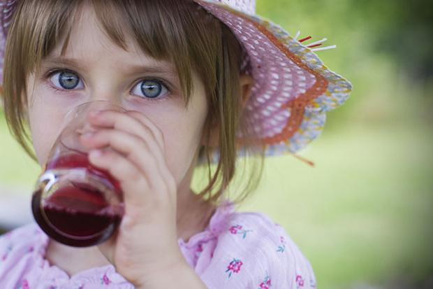 Фото №5 - Чем поить ребенка в летнюю жару