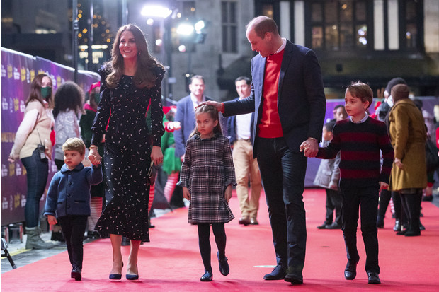 Фото №1 - Все рождественские открытки семьи Миддлтон и Уильяма: 10 фото