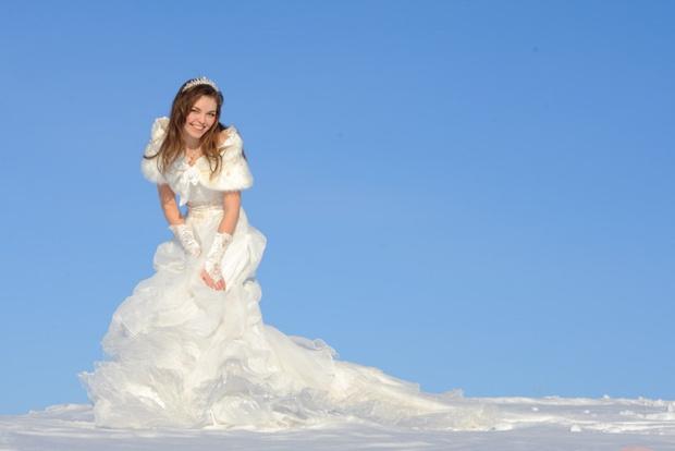 ab3cbca4e6abf2b Свадебное платье зимой — www.wday.ru
