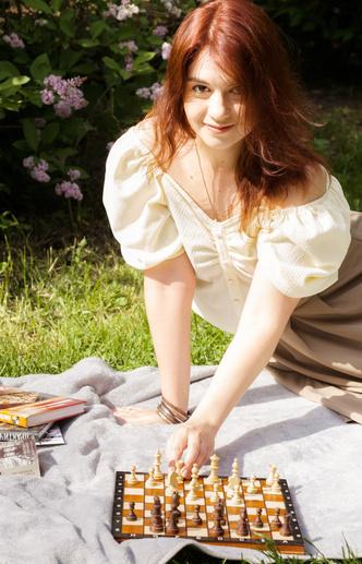 Фото №2 - Научиться играть в шахматы как королева: 4 совета от мастера