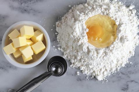 Фото №1 - Как приготовить песочное тесто для пирога - основу воздушной выпечки