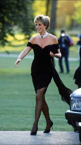 Фото №2 - 10 платьев принцессы Дианы, которые вошли в историю моды и изменили ее