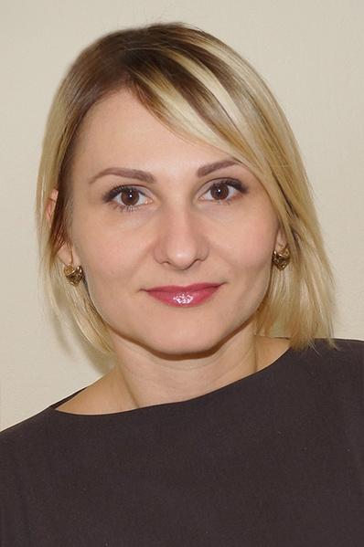 Фото №10 - Ростовчанки с макияжем и без: кто краше?