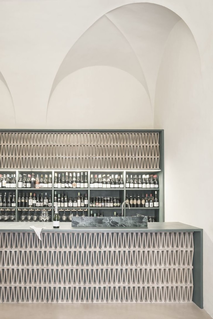 Фото №1 - Винный бар-бутик в особняке XVIвека
